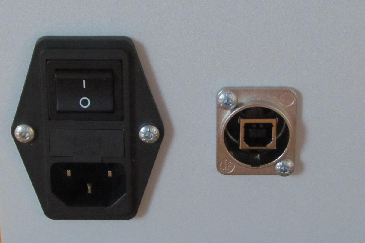 MT ME 230V USB